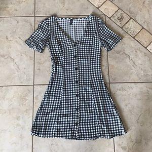 H&M Gingham Button Front V-Neck Dress